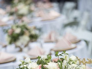 Liane McCombs Wedding & Event Planning 1