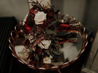 Kat's Creations Floral Design 2