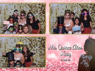 Mirrored Images Photo Booth 1