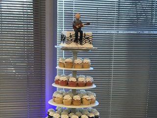 Custom Cake Design 1