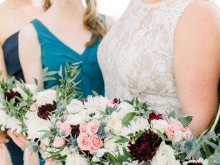 M's Wedding Flowers 3