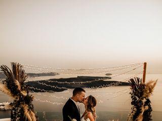 Tie the Knot in Santorini - Weddings & Events 7