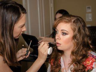 Elena Little Makeup Artist 4
