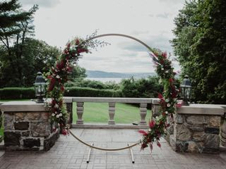 UNITED FLORAL EVENTS 3