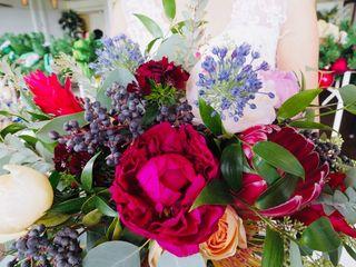 Halu Flowers 3