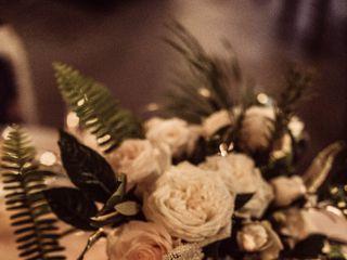 Sibyl Sophia Floral Design 1