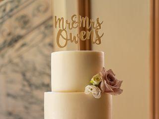 Classic Cakes 2