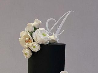 Custom Cakes by Tara 4