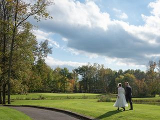Glen Oak Golf & Banquet Facilities 6
