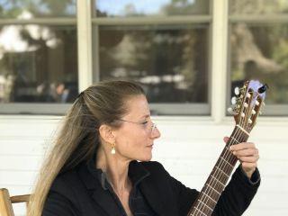 Samantha Wells Guitar 2