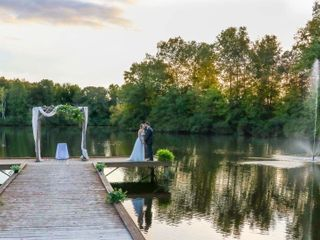 Carolyn Baldwin Lake Pavilion 4
