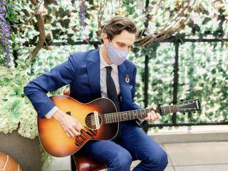 Andrew Louis - Acoustic Fingerstyle Guitarist 1