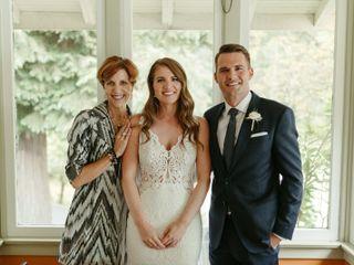 Annemarie Juhlian, Seattle Wedding Officiant & Minister 1