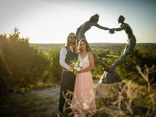 Hand Heart and Crown Weddings 2