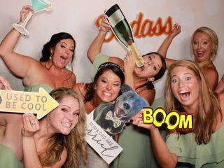SillyShotz Photobooth Company 4