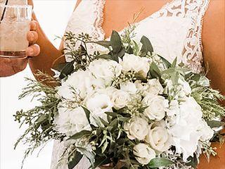 Pedy's Petals Flower & Event Design 2