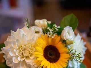 Linda's Flowers 2