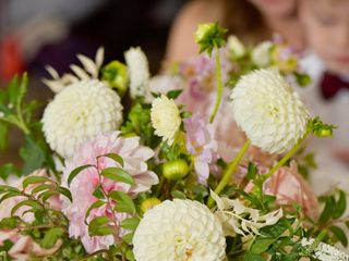 D.L. Noone Florals 3