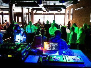 Starlight Sounds DJ 7