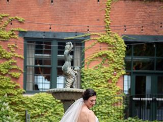 Dalia's Bridal 2