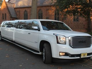 BBZ Limousine & Livery Service 3