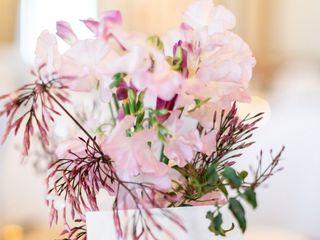 PoppyStone Floral Design 3