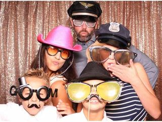 Smiley Photo Booths 6