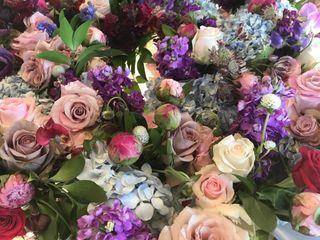 Bend Bouquets 5