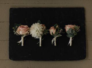 Dellables Wedding Florals and Design 5