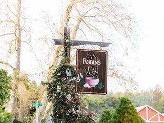 Robin's Restaurant 1