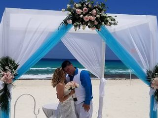 Blissful Honeymoons & Destination Weddings 1