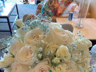 Arlene Floral Designer 2