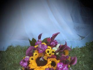 Dee's Florals 2