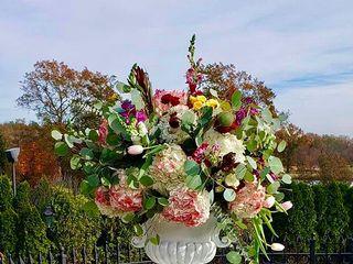Allure Floral Design 2
