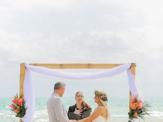 Adriana Camacho Bilingual Wedding Officiant - Notary Public 4