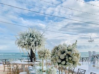 Paradise Weddings & Events 2