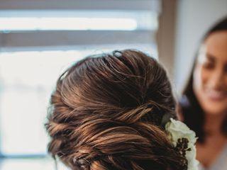 Pins & Curls Hair Artistry 4