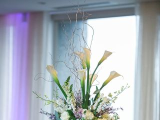 A Man and A Woman Floral Design 2