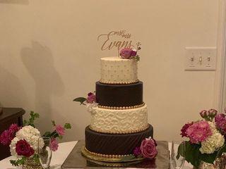 Acuna's Custom Cakes 3