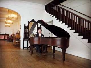 Kevin Fox, Pianist 1
