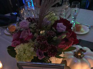 Ilienne Florals, Ltd 4