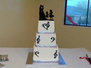 Fancy Cakes By GiGi 3