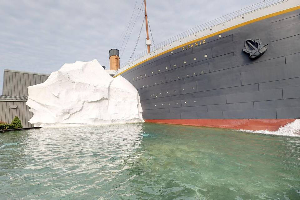 Titanic Pigeon Forge 3d tour