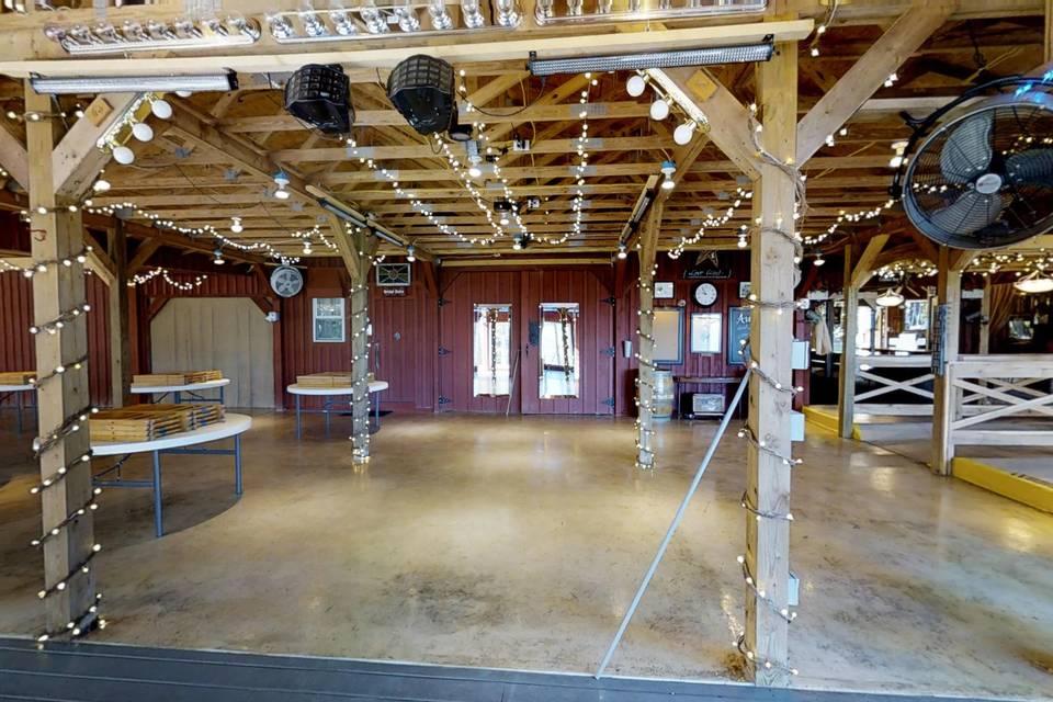 Silver Hearth Lodge 3d tour