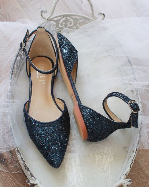 Let's see more shoes! 7