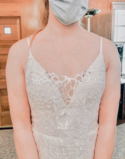 How should i fill in the neckline? 1