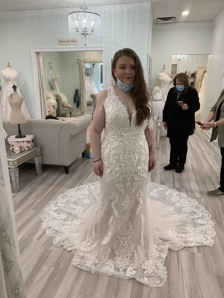Just want to talk about my dress! 1