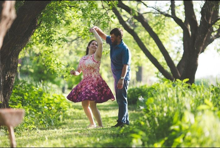 Engagement Photo Outfit 8