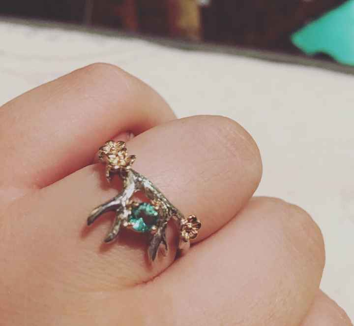 MY RING FINALLY CAME!!