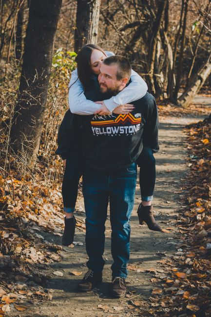 Engagement photos: fall outfits- show me your pictures! 11